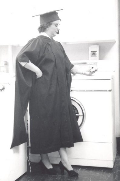"Annin poses as ""professor of laundry."""